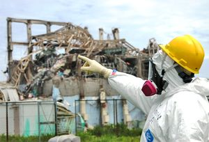 IAEA team inspects Fuku damage May 11 2011 AP
