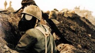 Iranian solider wearing mask druing Iran-Iraq war