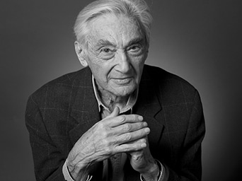 Remembering America's Lost Conscience – Howard Zinn 1922 – 2010