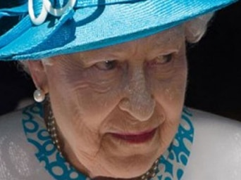 Press TV: Is the Queen Knighting Rascals?7