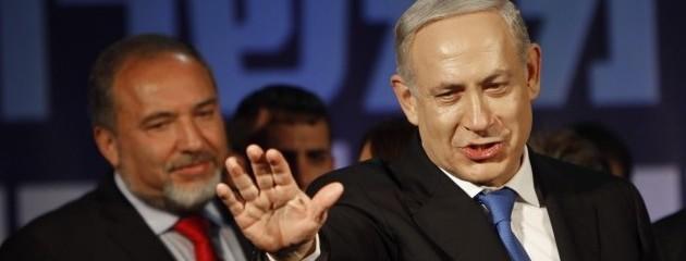 Leiberman maneuvers behind Bibi to grab his spot any way that he can