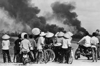 Vietnam war, 1972. (Photo by Raymond Depardon via manhhai / Flickr)