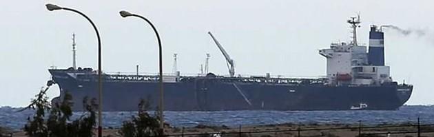 354011_Libya-oil-tanker