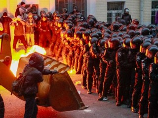 The US, EU and NATO gate crash the Ukraine