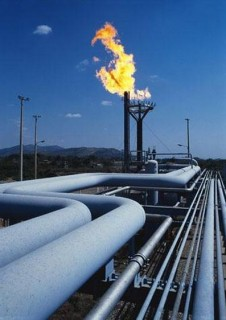 Building major energy distribution system require a large economy and customer base to support.