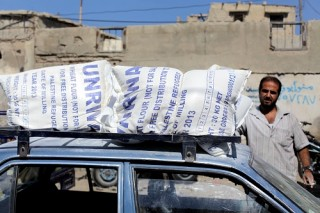 UNRWA delivers food to Palestinian refugees