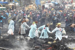 Ukrainian women risked their lives to save other people in Maidan Square