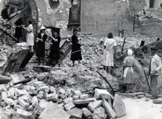 rape-german-women-ww2-1945