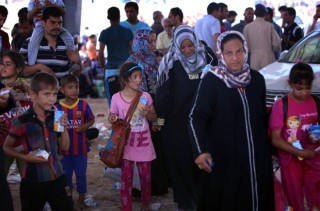Families fleeing violence