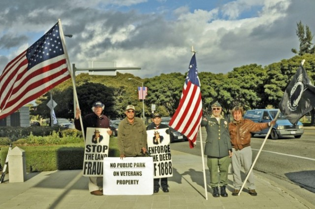Robert Rosebrock (L) and other veterans have held 326 weekly protests at the West Los Angeles Veterans Home to protest the illegal use of land deeded for the care of veterans. Seen to the right of Rosebrock are Gil Flores, Hank Peipeka, Larry Kegel, and David Bischoff (L–R). (Robin Kemker/Epoch Times)