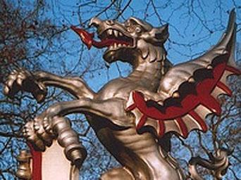 DRACO-Guarding-the-City-of-London2