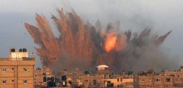 Gaza-airstrike-July-11-e1405112549789