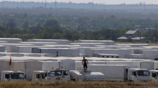 Russian aid convoy waiting to enter Ukraine