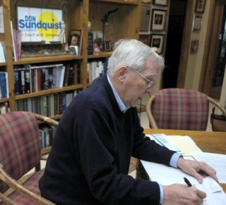 What drives successful old timers like Sundquist to want to make a multi-billion dollar score at the public's expense?