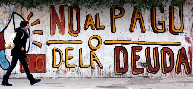 argentina-debt-default-grafitti