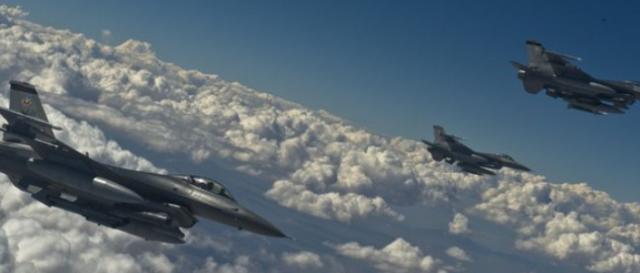 US Warplanes