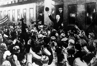 Lenin returns - St. Petersburg...when it was Petrograd