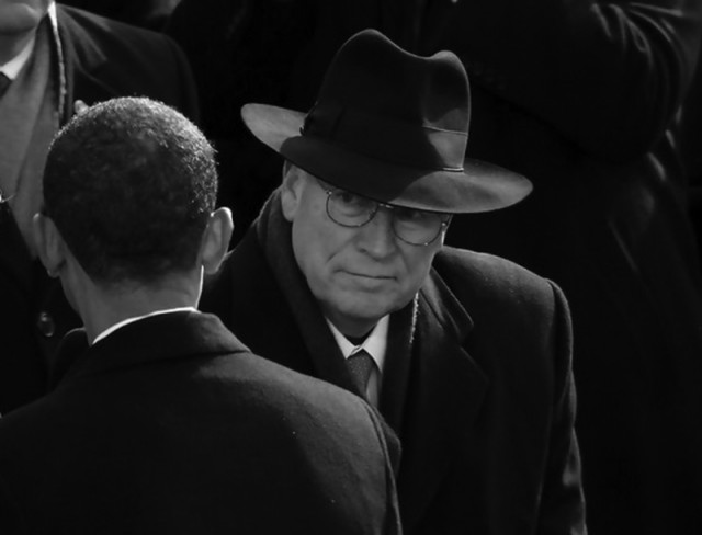 President Obama catches the eye of former Vice President Cheney at Obama's 2008 inauguration. (photo: Flickr)