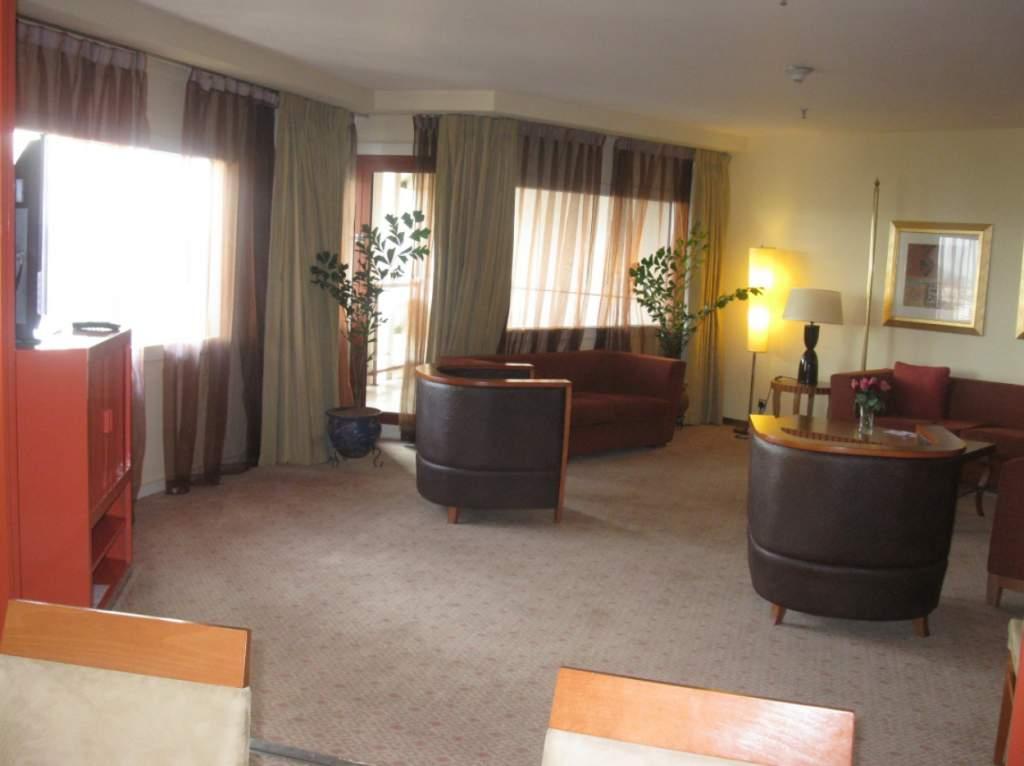 Presidential suite reception area, Transcon Hilton, Abuja - photo by Gordon Duff
