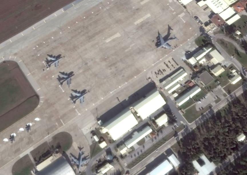 C17 transports unloading weapons near Adana, Turkey