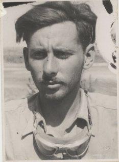 Uri Avnery around 1948