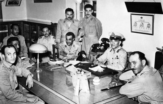 The officer's coup - Nasser center left