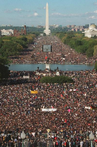This is how the National Mall looked yesterday. (Just like on 10/10/95.)